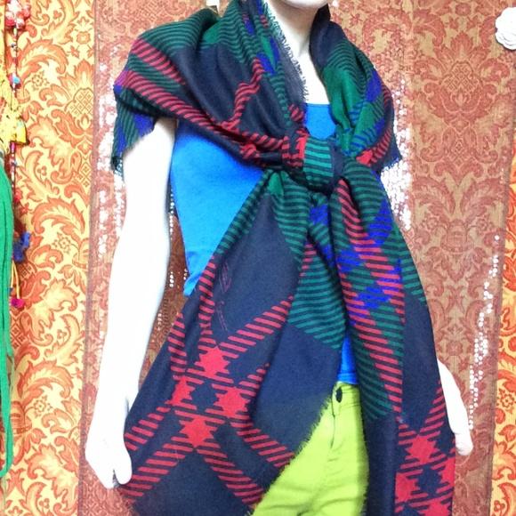 etienne aigner huge christmas plaid scarf - Christmas Plaid Scarf