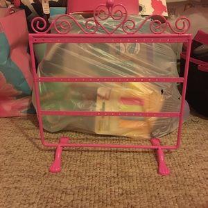 Jewelry - Pink jewelry stand/holder/organizer