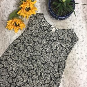 🆕 H&M Feather print Tunic