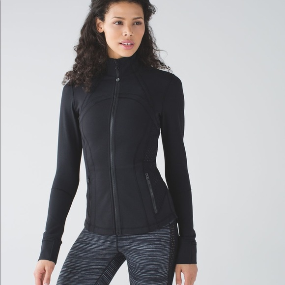 a08f70962a lululemon athletica Jackets & Blazers - Lululemon shape jacket size 4 black  Perfect