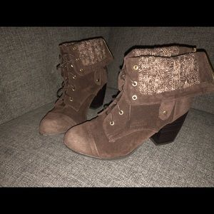 GUC Brown Faux Suede Booties Fold Up/Down Sz 10