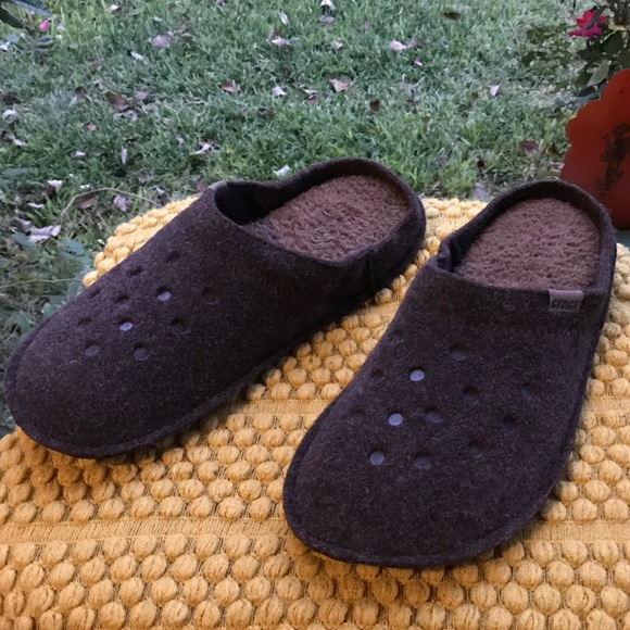 3e77472322e CROCS Other - Worn Never - Crocs cozy house slippers