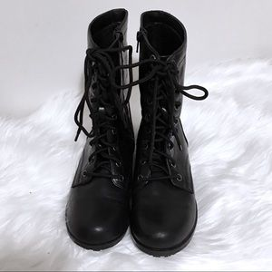 Shoes - Lined Black Boots with Laces & Zippers