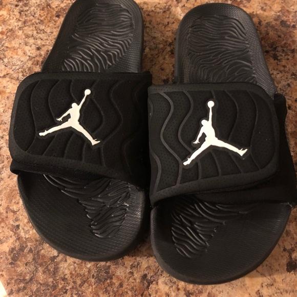 2da7d31a94be00 Air Jordan Other - Jordan slides