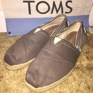 Grey Washed Canvas Navy Classic Toms
