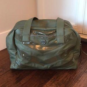 Lululemon Athletics gym bag- Like New