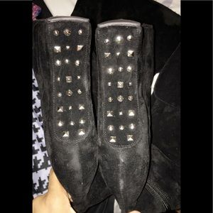 Vintage Shoes - NWOT🍂Thigh & Knee High BLK Suede STUD Boots US9🍁