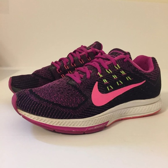best sneakers 315d0 35e70 Nike Air Zoom Structure 18 Womens Shoes 7.5 Pink. M 5a0b8b6778b31ceaec0148cd