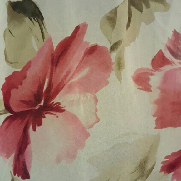 Vintage Intimates & Sleepwear - Vintage White Floral Robe Duster