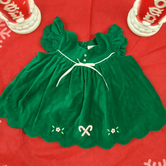Vintage Other - Adorable Vintage Baby Girl Christmas Dress