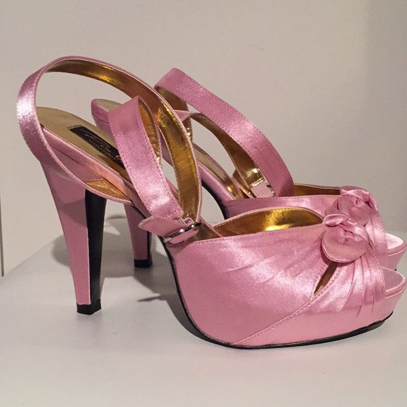 Vintage Shoes - NWT Pink Satin Heels Pin Up Couture Bettie-04
