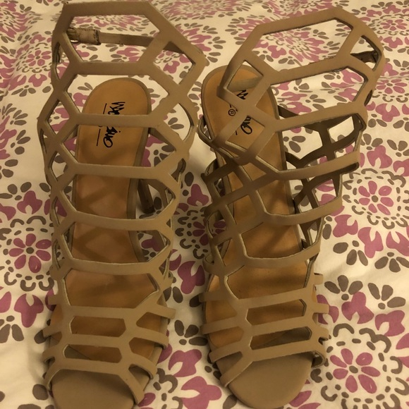2b43f7fc66e Kylea Caged Heel Gladiator Pumps with Straps- Tan