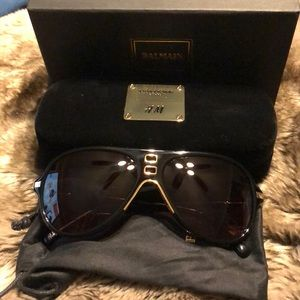 Balmain x H&M Sunglasses Limited edition