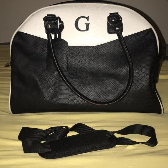 Guess Handbags - Guess weekender travel bag 9becb1054724e
