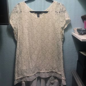 White T-shirt with lace