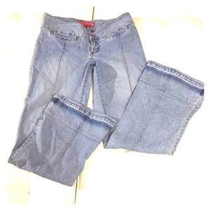 Low rise flared jeans.