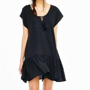 NWOT SomeDaysLovin Black Embroidered Dress, Sz XS