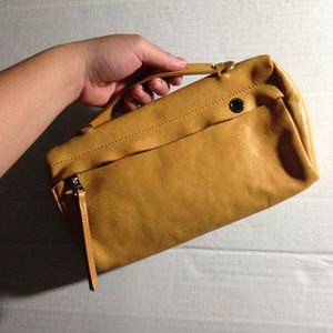Longchamp 3D Clutch in Honey (Yellow)