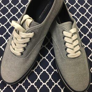 Tommy Hilfiger Men's Pal Fabric Canvas Sneaker