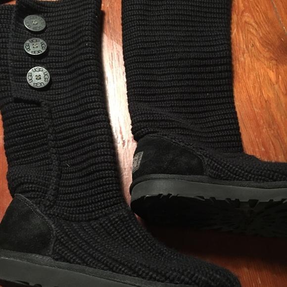 d1dc5a9eca2 Ugg tall crochet boots Tall 7 classic cardy