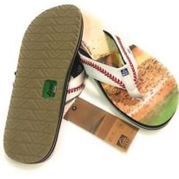 1c4fa39e9a56 Reef Men s Baseball Sandals