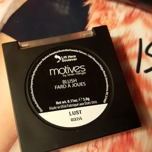 Motives Makeup - Motives by Loren Ridinger & Lala blush.