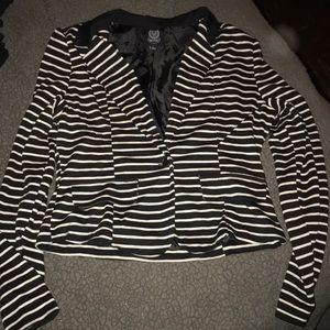 MINE dressy black and white jacket