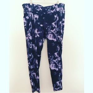 Old Navy Active wear XXL workout pants floral