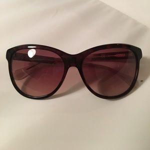 DVF Sunglasses EUC