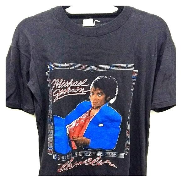 d79660c6 TRUE VINTAGE Michael Jackson Thriller T-Shirt (L).  M_5a0bbdc156b2d6c2a002547a