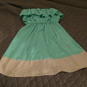 Dresses & Skirts - Strapless Mint and Tan Baby Doll Dress