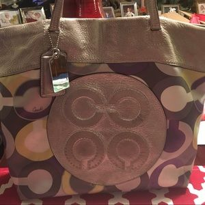 Handbags - Coach tote!