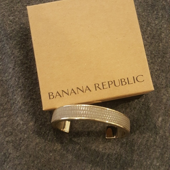 Banana Republic Jewelry - Grey Banana Republic bracelet