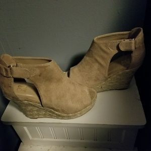 Other - Peep toe wedges