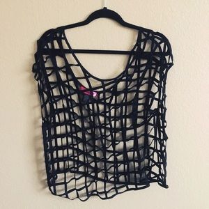 CAGED TOP