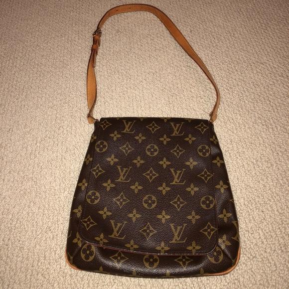 3380b9c0f2b6 Louis Vuitton Handbags - Louis Vuitton Monogram Canvas Brown Saddle bag