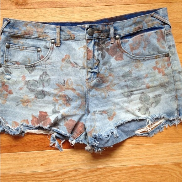 1aebaa9f34 Free People Shorts | Floral Denim | Poshmark