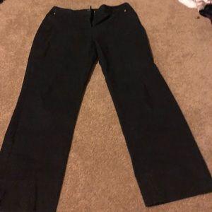 Dana Buchman Black size 6 pants