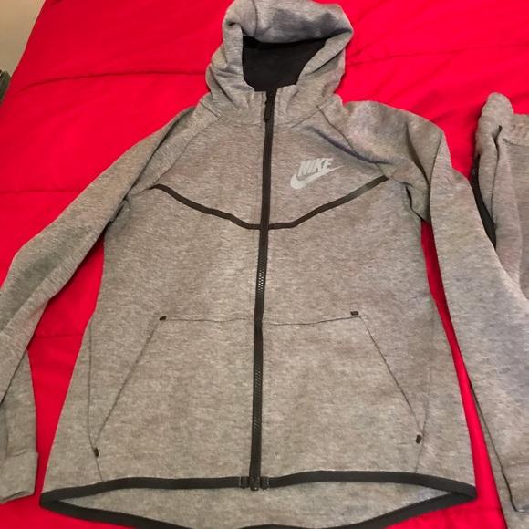 New Gray BOYS Nike Tech Fleece Jumpsuit ba453e5e8437