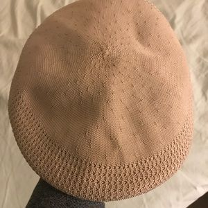 Kangol Accessories - Beret knit hat