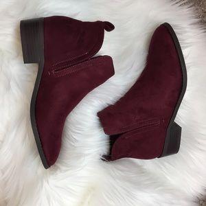 NWT JustFab Raphael Boots