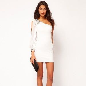 NWT Sz 4 ASOS petite cream one shoulder Dress