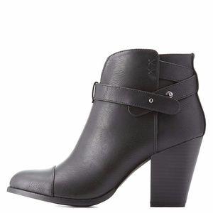 Womans Boots Black Ankle Size 10