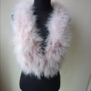 Accessories - 💞Pale Pink Ostrich Feather Vest💞