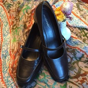 Rockport black leather loafers with strap SZ 8M