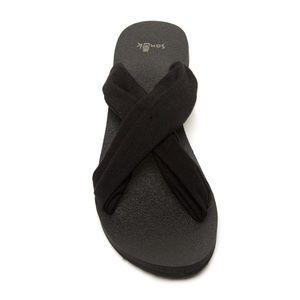 Sanuk Yoga Sandal