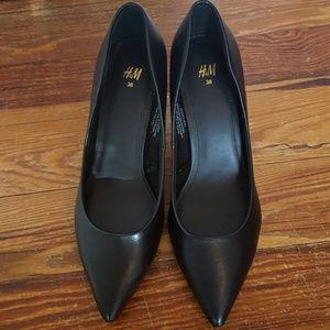 H&M HM black faux leather heels