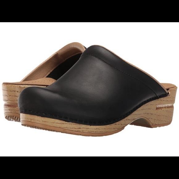 Dansko Shoes   Dansko Sonja Clog Black