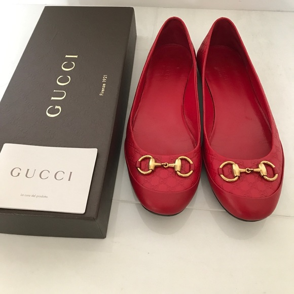 8413435a6634 Gucci Shoes - Women s flats