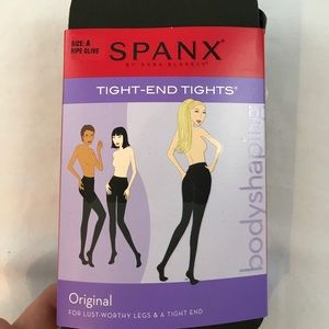 NWT SPANX Tight End Tights in Ripe Olive